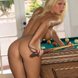 action-girls/291-cindy-pool_table/pthumbs/actiongirlscindypooltable075.jpg