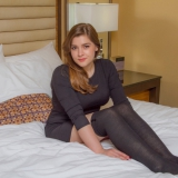 cosmid/2771-mary_elle_teresa-on_the_bed-070717/pthumbs/01.jpg
