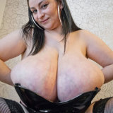 divine-breasts/alice-85jj-udderly_giant_tits-100814/pthumbs/5.jpg