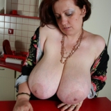 divine-breasts/pam-amateur_big_tits-082817/pthumbs/15.jpg