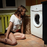 domingo-view/zanda_a-laundry_day-021314/pthumbs/3.jpg