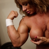 female-muscle-network/wild_kat-4-wild_in_gym/pthumbs/1012.jpg
