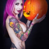 gothic-babes/busty-tattoo_pinup-pumpkin-halloween-102618/pthumbs/gothicsluts12.jpg