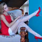 lacy-nylons/5634-fiona-leggy_smasher_toying-052614/pthumbs/lacynylons_g5634_007.jpg