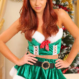 layered-nylons/2682-gracie-redhead_christmas_tree-120813/pthumbs/02.jpg