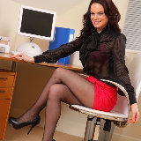 only-tease/2355-hayley_g-office_pantyhose-050213/pthumbs/03.jpg