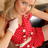 only-tease/2556-elle_richie-red_polka_dot-012113/pthumbs/07.jpg