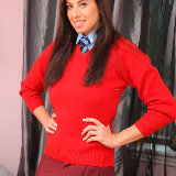 only-tease/2617-maria_e-college_uniform-071613/pthumbs/02.jpg