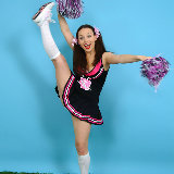 pin-up-wow/carla-17n-cheerleader_cutie-061714/pthumbs/2302cb25009.jpg