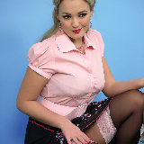 pin-up-wow/jodie_holly_gasson-take_your_pick-2/pthumbs/6.JPG