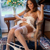 posh-filth/jemma_perry-naughty_brides_maid-070714/pthumbs/010.jpg