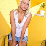simonscans/20088-samantha_jolie-denim_skirt_white_top-043012/pthumbs/samantha_jolie-06.jpg