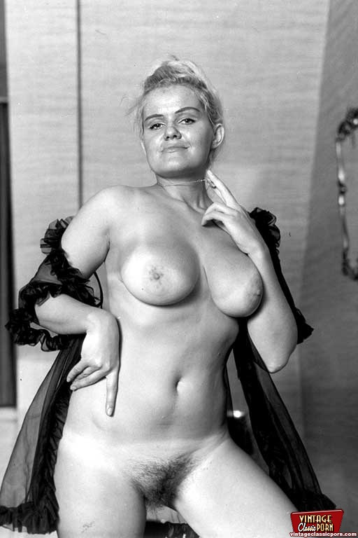 Pinkfineart  60S Girls With Big Boobs From Vintage -8629