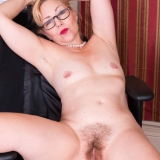 wearehairy/badd_gramma-in_office-061818/pthumbs/BaddGramma_BlackSuiteWhiteBlouse_111.jpg