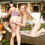 young-busty/57939-carmen_a-lesbian_tryout-070215/pthumbs/9.jpg